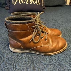 Boys Sonoma boots